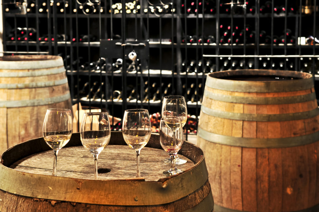 wine-glasses-barrels